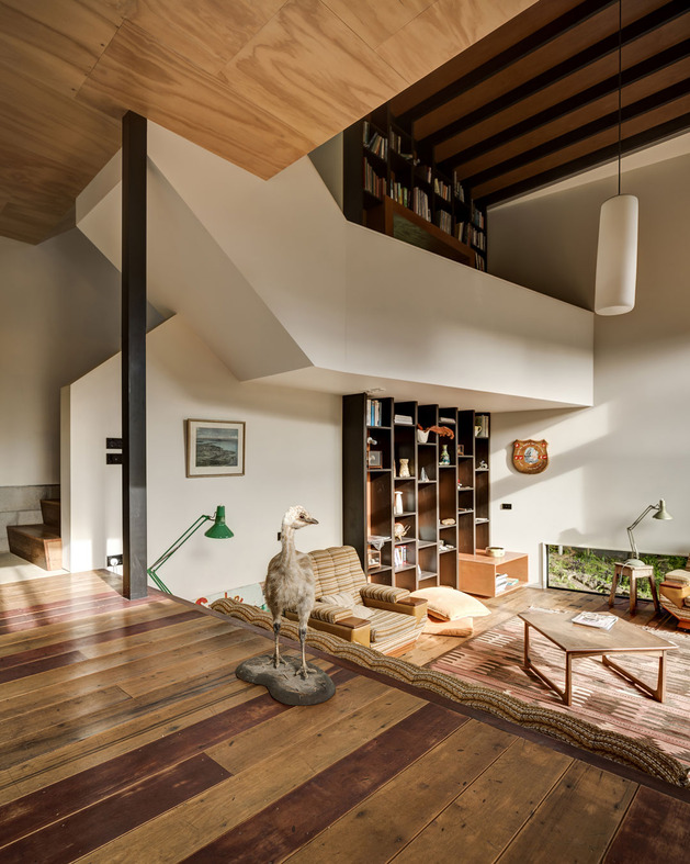 tall-dark-handsome-4-split-level-home-auckland-13-stairs.jpg