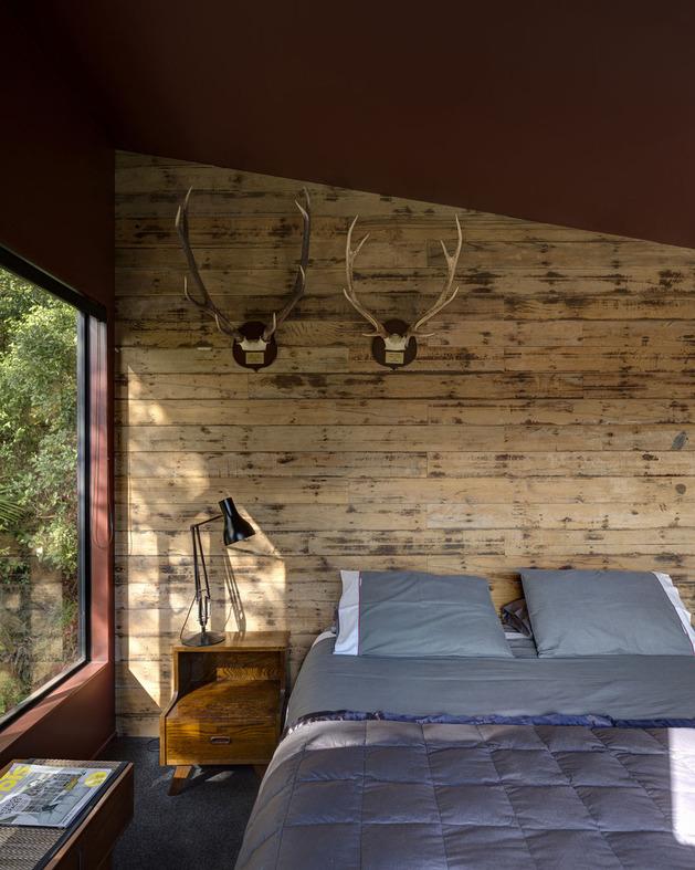 tall-dark-handsome-4-split-level-home-auckland-16-bedroom.jpg