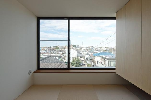 three-story-tokyo-house-with-panoramic-city-views-18-bedroom.jpg