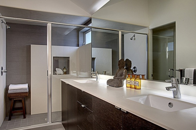 vertical-house-raises-sustainable-seattle-living-to-new-heights-15.jpg