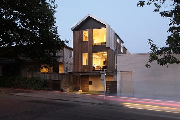 vertical house raises sustainable seattle living to new heights 2 thumb 630x420 24064 Vertical House Raises Sustainable Seattle Living to New Heights