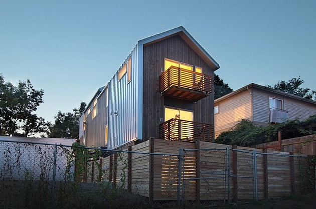 vertical-house-raises-sustainable-seattle-living-to-new-heights-4.jpg