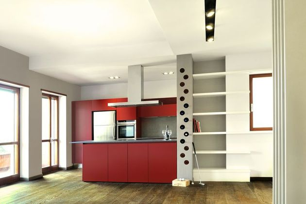 vibrant colour suspended ceilings define modern apartment italy 1 kitchen thumb 630x421 22968 Vibrant Color and Suspended Ceilings define Modern Apartment in Italy