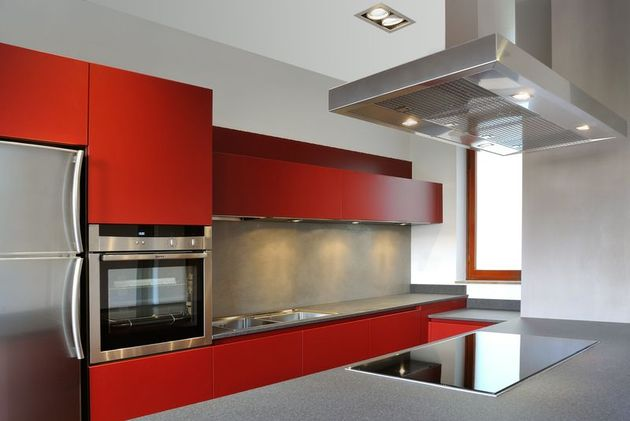 vibrant-colour-suspended-ceilings-define-modern-apartment-italy-8-kitchen.jpg