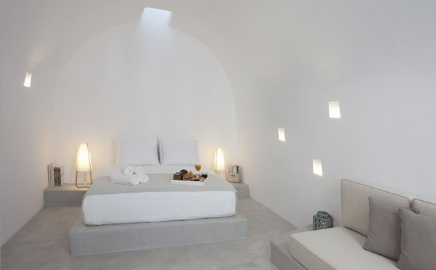villa-greece-combines-old-world-charm-modern-minimalism-11-bedroom.jpg