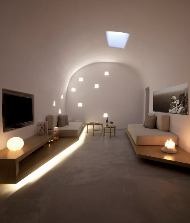villa-greece-combines-old-world-charm-modern-minimalism-8-lounge.jpg