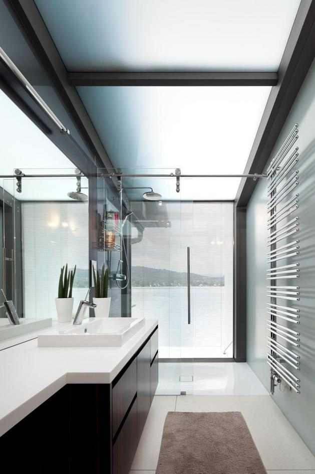 3-storey-home-addition-takes-advantage-dockside-views-13-bathroom.jpg