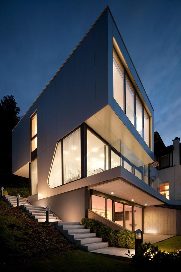 3-storey-home-addition-takes-advantage-dockside-views-16- facade night.jpg