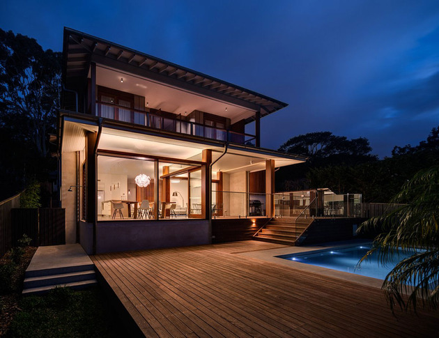 australian-home-with-spotted-gum-wood-details-pool-8-pool-deck.jpg