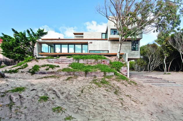 bare-concrete-beach-house-4.jpg