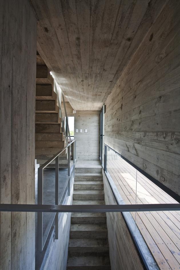 bare-concrete-beach-house-7.jpg