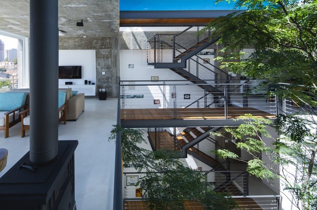 brazilian-concrete-house-built-around-three-story-courtyard-tree-19-third-level-overlook.jpg