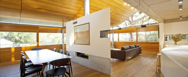 ceiling-wave-upstairs-boulder-wall-downstairs-5-dining.jpg