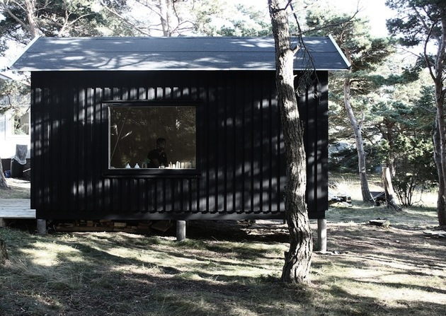 compact plywood pine cabin with attached sauna 1 bedroom straight thumb 630x447 28223 Compact Plywood And Pine Cabin With Attached Sauna
