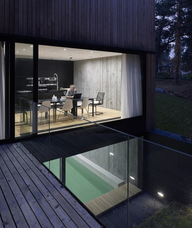 concrete-and-timber-seaside-house-10.jpg