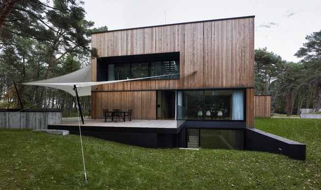 concrete-and-timber-seaside-house-11.jpg