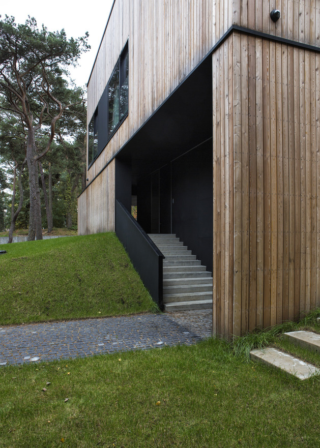 concrete-and-timber-seaside-house-12.jpg
