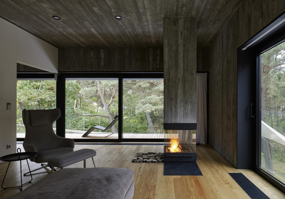 View In Gallery Concrete And Timber Seaside House 18