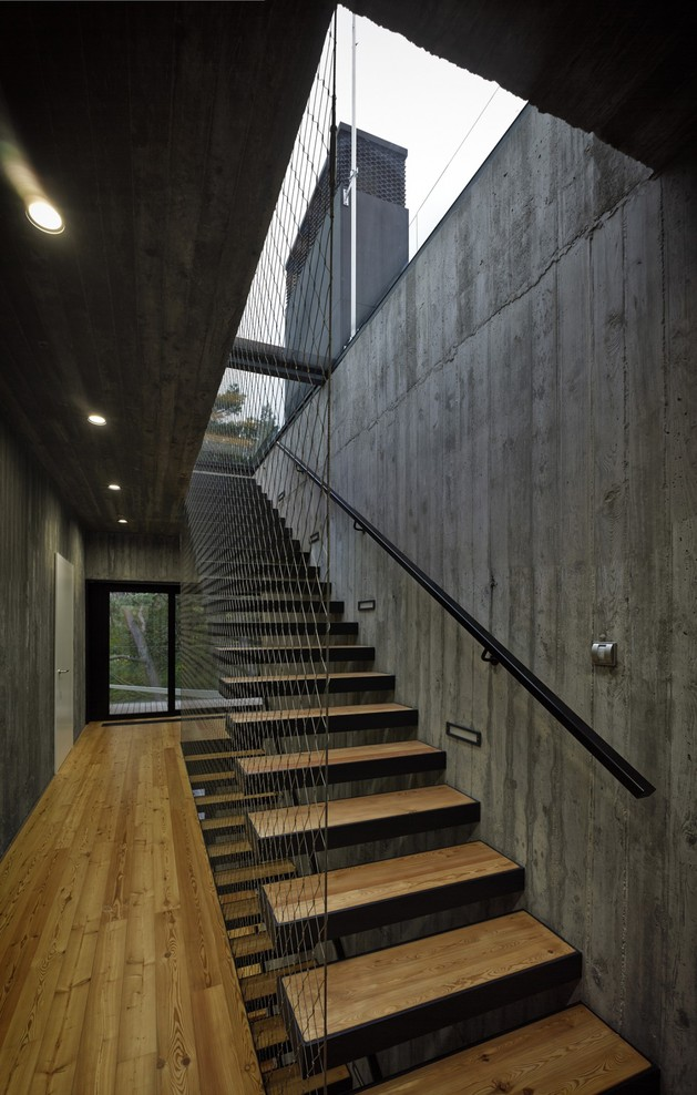 concrete-and-timber-seaside-house-21.jpg