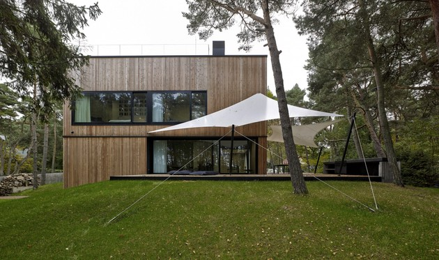 concrete-and-timber-seaside-house-7.jpg