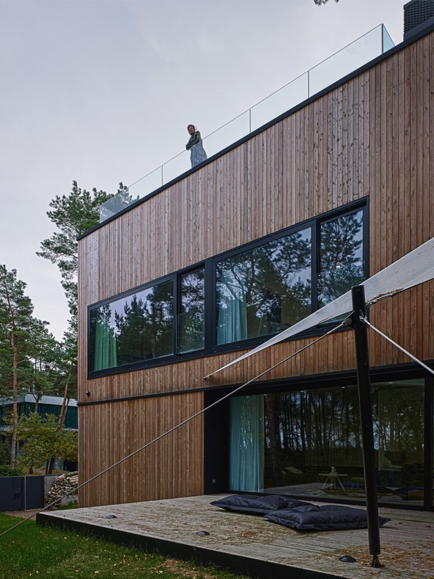 concrete-and-timber-seaside-house-8.jpg