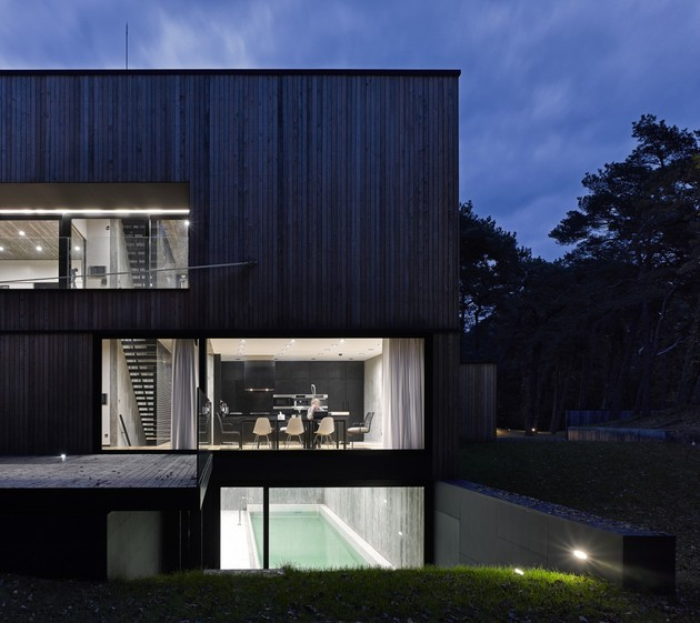 concrete-and-timber-seaside-house-9.jpg