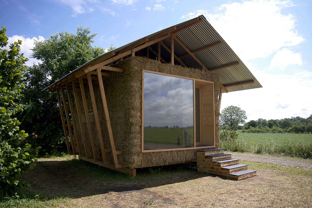 eco friendly house study with walls packed straw 1 front day thumb 630x419 28637 Eco Friendly House Study With Walls Of Packed Straw