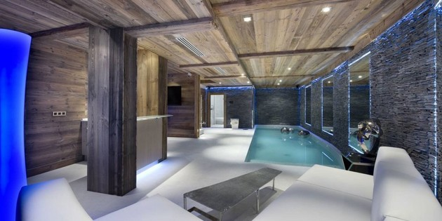 elegant-hi-tech-ski-chalet-in-courchevel-12.jpg