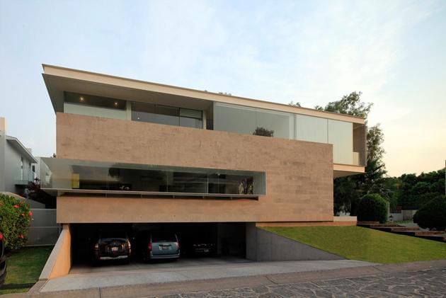 geometric-home-cantilevered-master-suite-overlooking-pool-3-garage.jpg