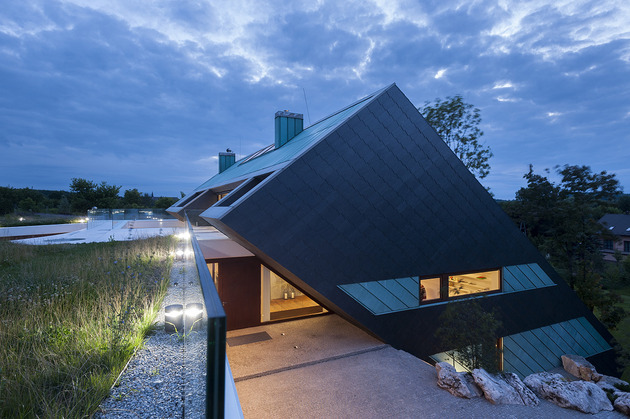 geometric-home-emerges-lime-cliff-14-side-view.jpg