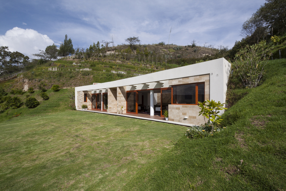 View In Gallery House Built Into A Hill In Ecuador 1. Design