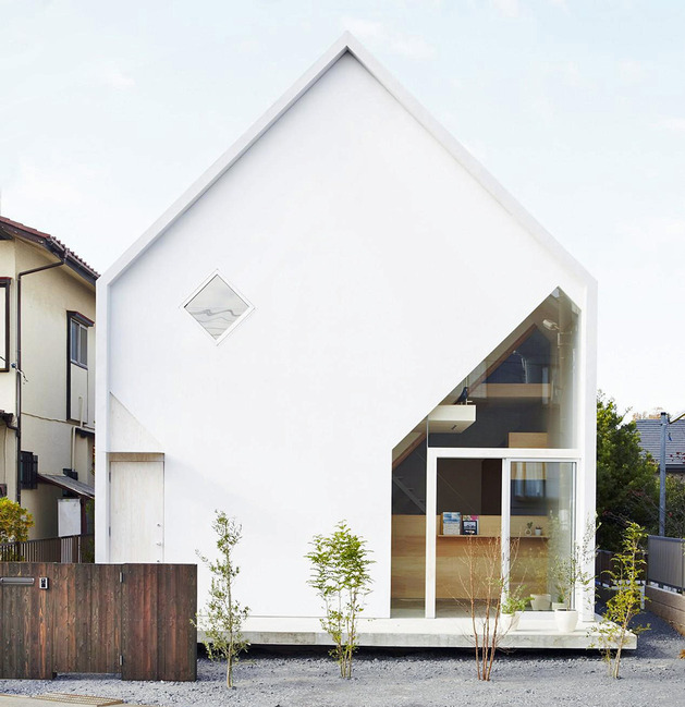 japanese-home-big-roof-8- large-y-supports-3-front-view.jpg