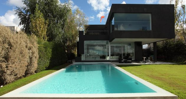 lakeside-black-house-views-pools-glass-bridge-21-pool.jpg