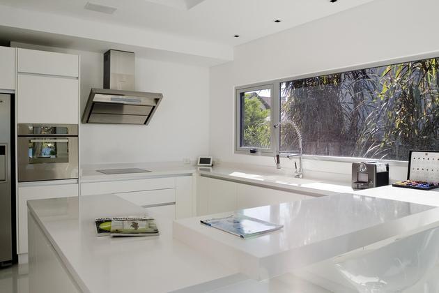 lakeside-black-house-views-pools-glass-bridge-5-kitchen.jpg