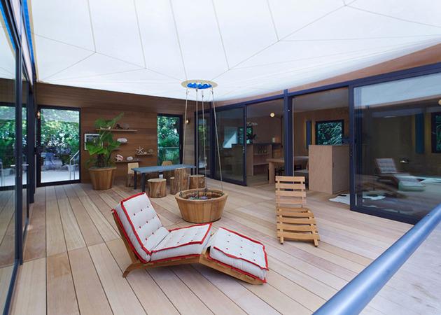 louis-vuitton-brings-modernist-beach-house-to-life-5.jpg