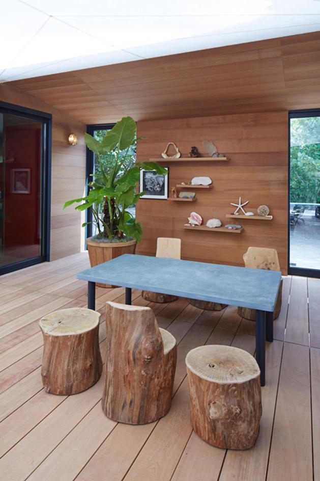 louis-vuitton-brings-modernist-beach-house-to-life-8.jpg