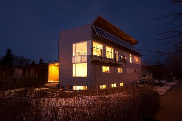 low-energy-home-working-towards-net-zero-rating-5-exterior.jpg