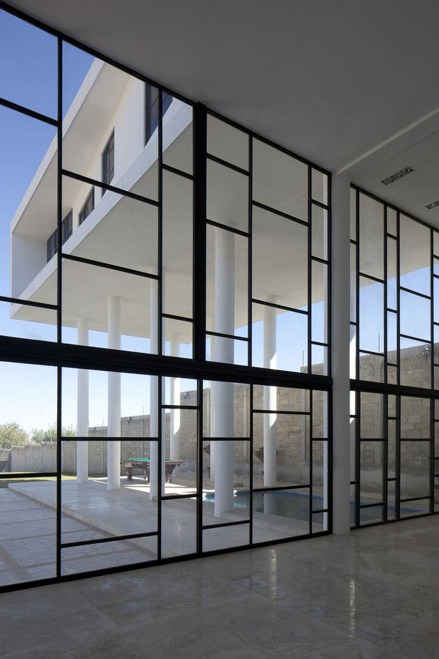 modern-hacienda-with-assymetrical-lines-7.jpg