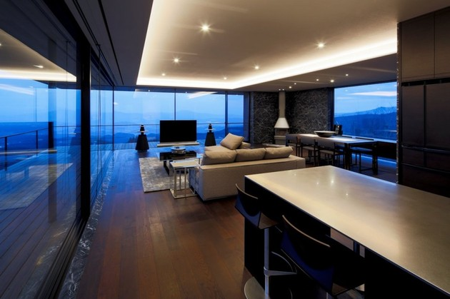 mountain-home-glass-walls-and-terrace-made-for-views-14.jpg