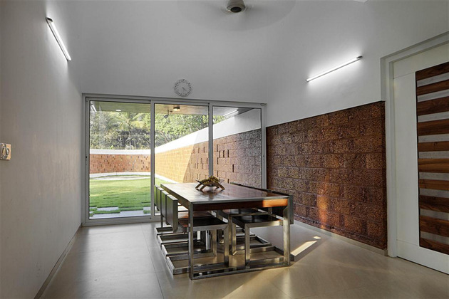 shielded-house-design-features-privacy-walls-and-luxurious-interiors-15.jpg