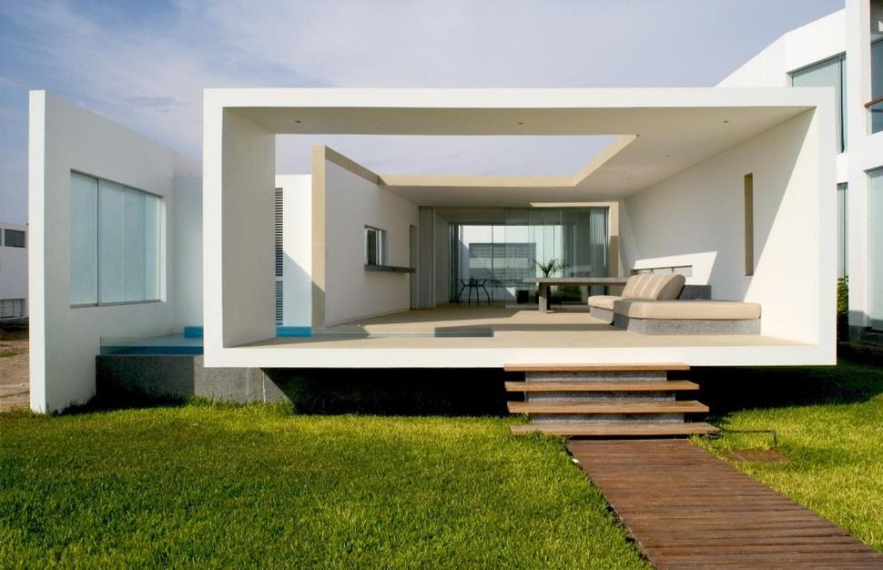 House Entry Design small beachside house opens front to back