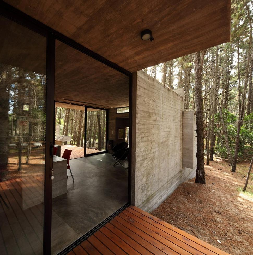 Concrete And Glass Summer House