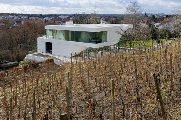 super-modern-suburban-house-5.jpg