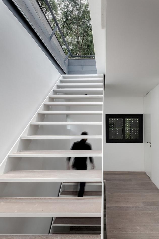 tall-cubic-weekend-residence-casa-alta-12.jpg
