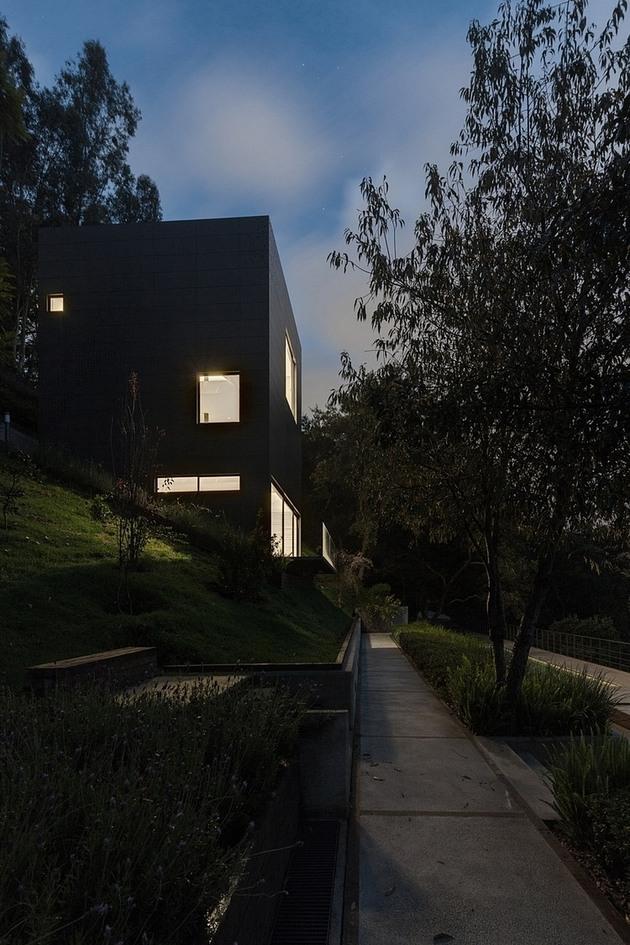 tall-cubic-weekend-residence-casa-alta-15.jpg