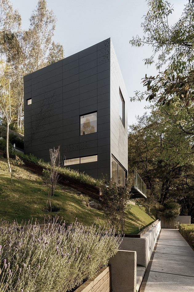 tall-cubic-weekend-residence-casa-alta-3.jpg