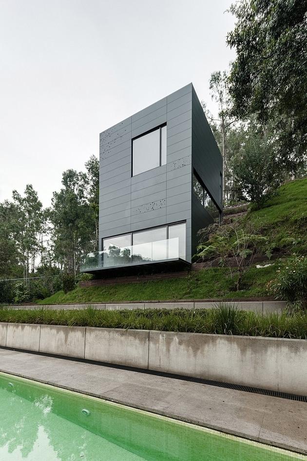 tall-cubic-weekend-residence-casa-alta-6.jpg