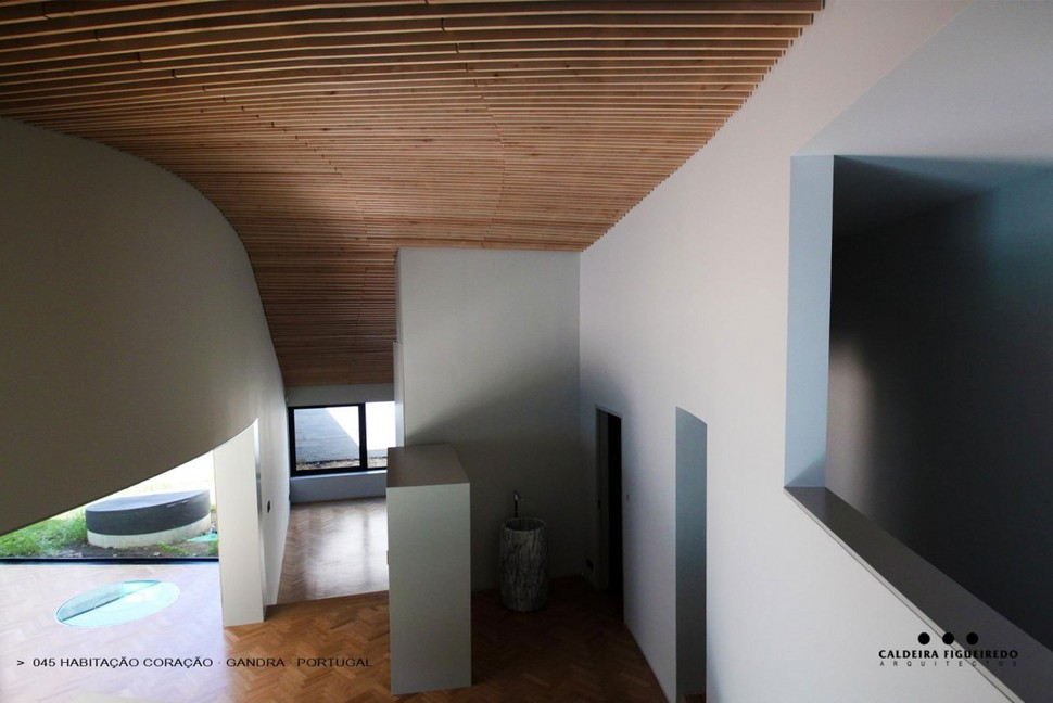 View In Gallery Two Wing Portuguese House With Concrete Look Wood