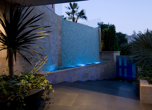ultimate party house with multi colored lighting and waterfalls 2 thumb 630x454 29890 Ultimate Party House in Beverly Hills