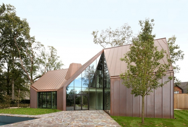 copper and glass contemporary house 2 thumb 630xauto 33040 Copper and Glass House